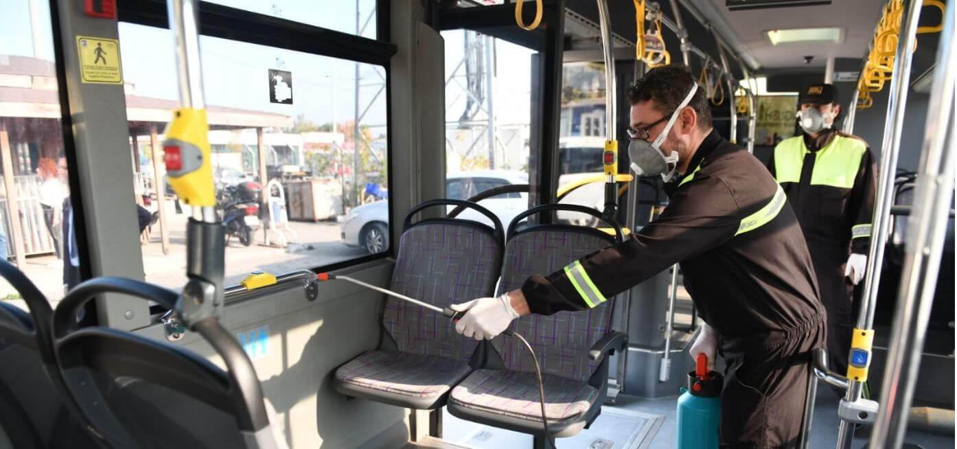 Kent İçi Toplu Taşıma Araçlarında İlaçlama Çalışmaları Devam Ediyor